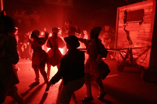 Captation du spectacle déambulatoire Trois Eléphants passent dans la ville de Garges-lès-Gonesse